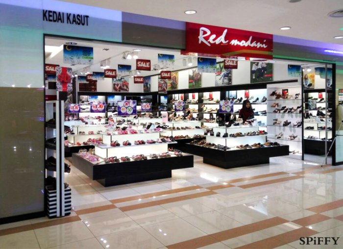 Red Modani Store at Palm Mall Kompleks T K Tan Kemayan Square Jalan Sungai Ujong Spiffy Fasshion Shoes A01.jpg