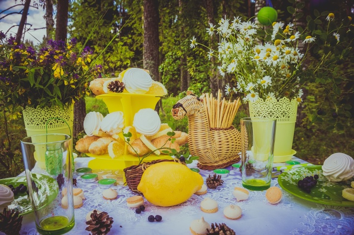 flower-summer-bouquet-meal-backyard-yellow-1167611-pxhere.com