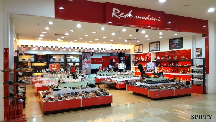 Dataran Pahlawan Megamall Melaka Malaysia Red Modani Branch Spiffy Fasshion Shoes A01